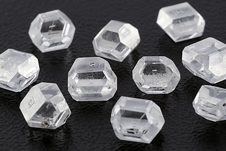 Синтетические лабораторные алмазы